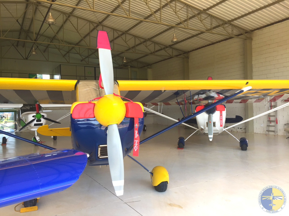 Aeronaves no Hangar Rocket